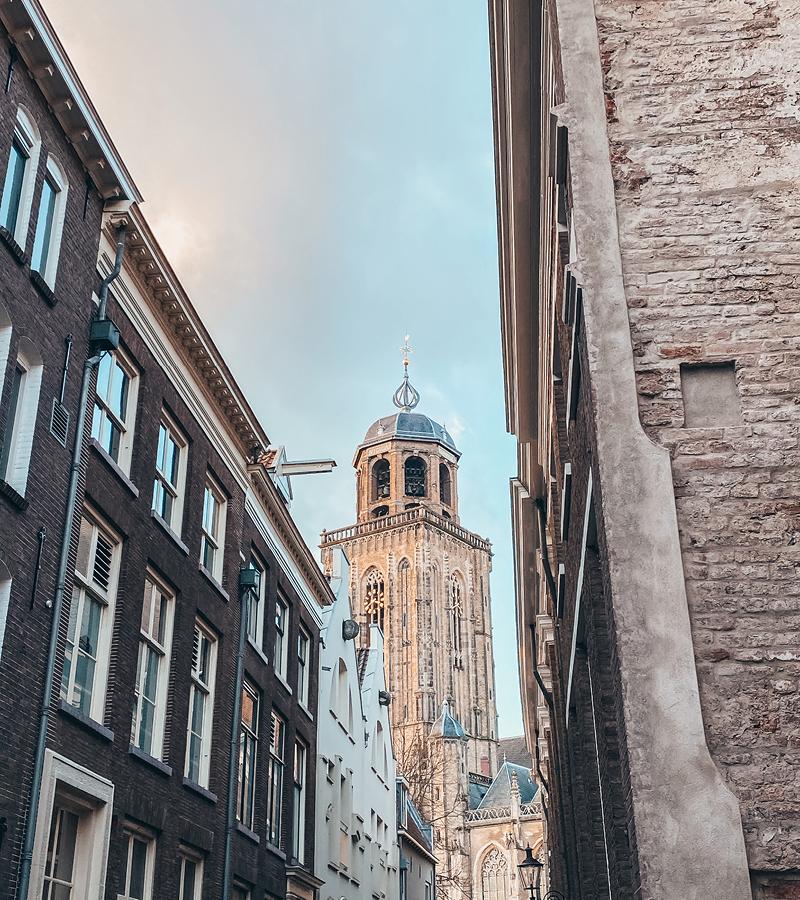 Reisblondie reizen in Nederland